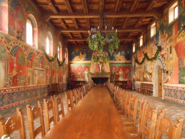 Castello-di-Amorosa wine tasting tour interior
