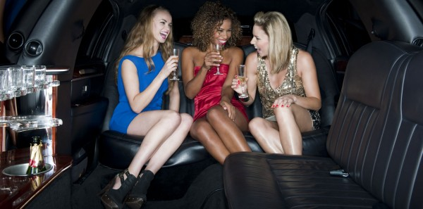 girls-night-out-limo